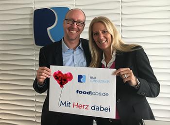 Bianca Burmester und Tim Rau spenden für das Ronald McDonald Haus Bad Oeynhausen